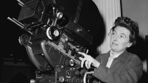 """La scenggiatrice e regista Muriel Box fu la prima donna vincere un Oscar per il soggetto e la sceneggiatura originale de """"Il Settimo Velo"""" (1945)"""