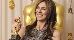 """Kathryn Bigelow la regista californiana è stata la prima donna ad essere insignita del prestigioso oscar per la miglior regia di """"The Hurt Locker"""" (2008)"""