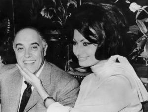 il produttore carlo Ponti e Sophia Loren