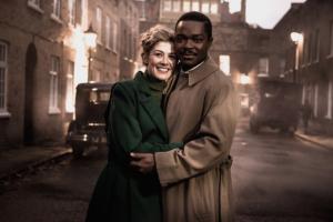 A-United-Kingdom-2017-movie-Still-3