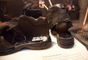 scarpe esplosive